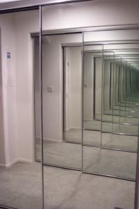 infinite-mirrors