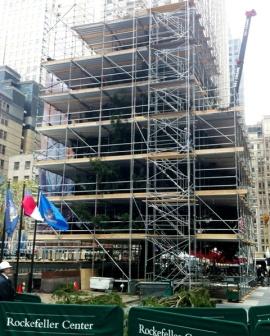 Rockefeller Tree Scaffolding 11-16-11