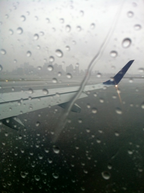 wingtip grounded by wicked New England Noreaster